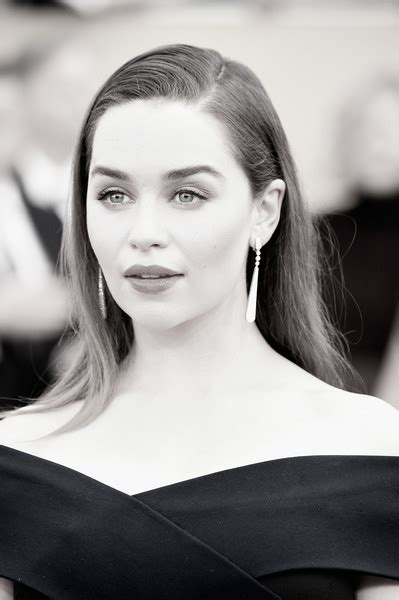 emilia clarke pubic hair s short hairstyles with no part hairstylegalleries com