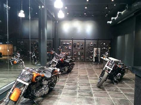 Motorcycle Dealers Yamaha Nagpur by Harley Davidson Nagpur Dealership Inaugurated Drivespark