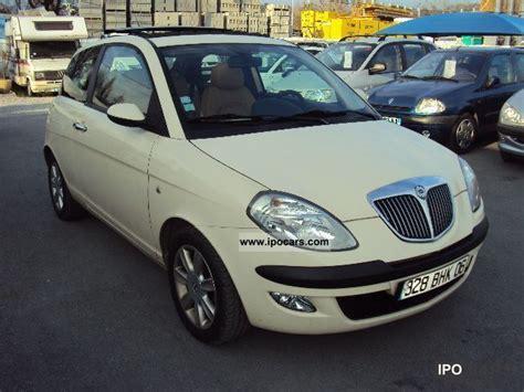 2004 lancia ypsilon 1 4 16v platino car photo and specs