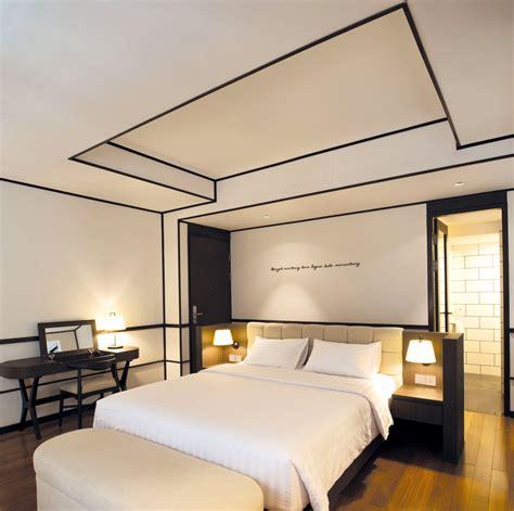 desain kamar hotel resort yang bernuansa etnik jawa 9 desain hotel yang unik dan seru casaindonesia com