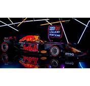 F1 2017  Red Bull Pr&233sente La RB13 Pour Conjurer Le Sort