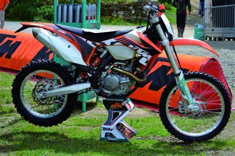 Tabouret Moto Cross by Tabouret De Stand Motocross Axp Replica