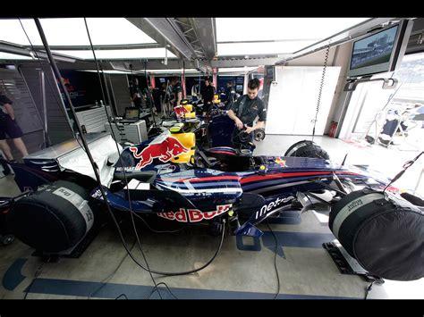 F1 Car Garage formula 1 garage wallpaper 1920x1440 16889
