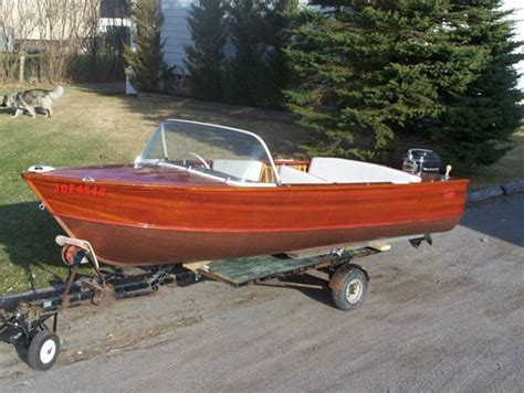 runabout boats with outboard motors 3003 best boats images on pinterest vintage boats power
