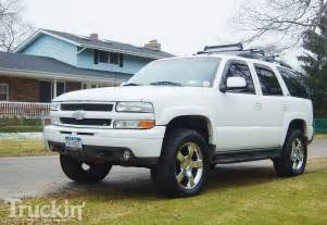 2002 chevy tahoe z71 left front angle photo 2