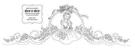 lade di stoffa disegno per ricamo vintage bordura con damina arte