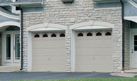 Wayne Dalton Overhead Doors Wayne Dalton Model 8200 Steel Garage Door An Affordable Steel Garage Door