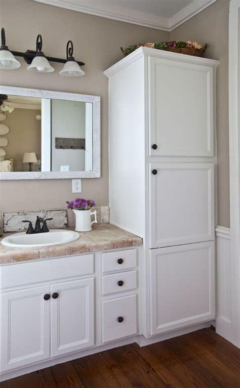 Bathroom Cabinet Ideas Pinterest by Best 25 Bathroom Cabinets Ideas On Pinterest Bathroom