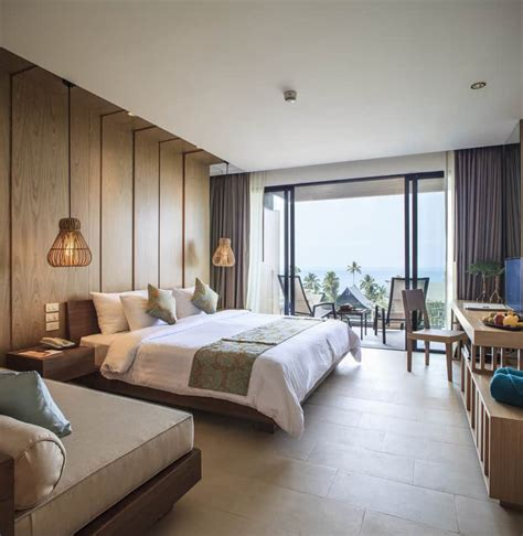 grande room hotel room design ideas that blend aesthetics with practicality