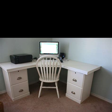 diy corner computer desk plans how to build a corner computer desk plans woodworking projects plans