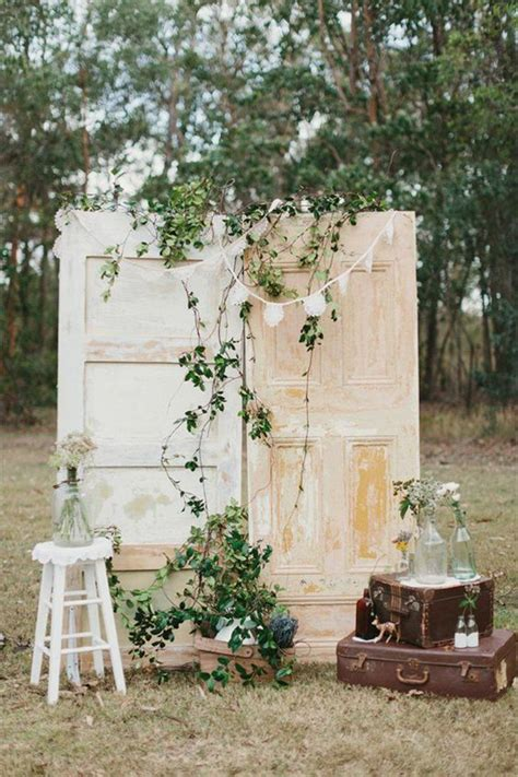 Wedding Backdrop Ideas Vintage by 25 Chic And Easy Rustic Wedding Arch Ideas For Diy Brides
