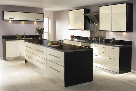 Design Kitchens Uk by Designer Kitchens Uk Gooosen Com