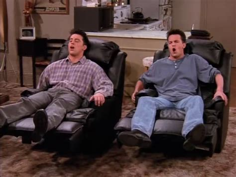 ross sofa friends television nostalgia happy 20th anniversary to friends