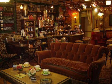 Decorate A Room In F.R.I.E.N.D.S. Style   Central Perk   Cute Furniture