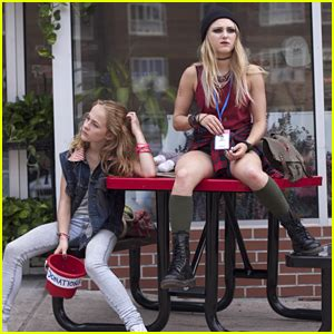 annasophia robb lifetime movie bella thorne finds the perfect high in brand new stills