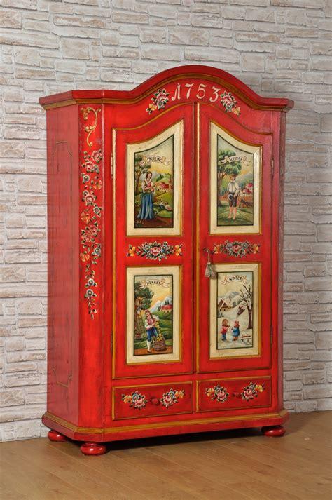 mobili tirolesi decorati armadi tirolesi 28 images mobili tirolesi antichi