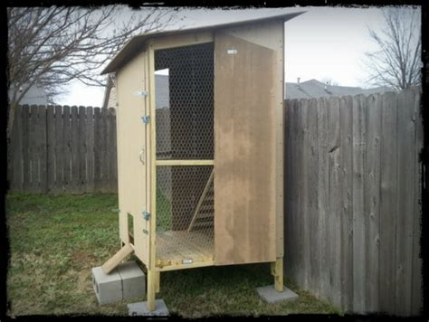 How To Build A Backyard Chicken Coop How To Build A Simple Yet Awesome Backyard Chicken Coop Shtf Prepping Central