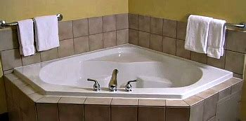 Hotels With Bathtub For Two by Hotel Rooms With 174 Suites Tubs Excellent