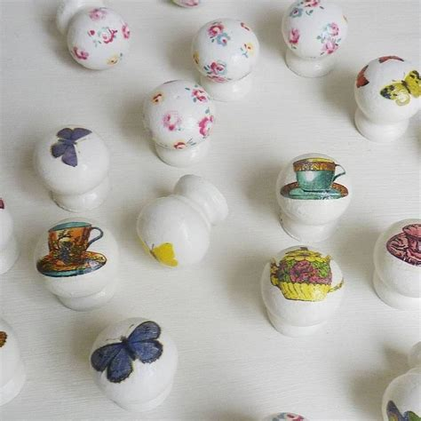 Decoupage Knobs - 83 best images about decoupage on 5 drawer