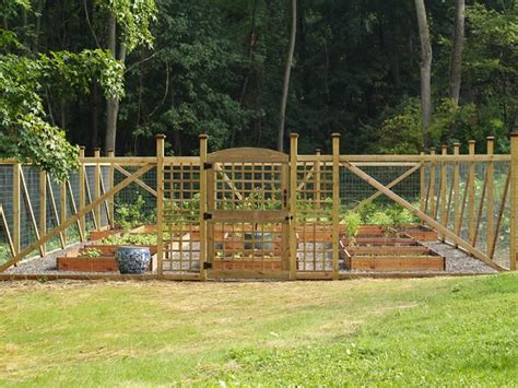 enolivier com vegetable garden with fence as long as vegetable garden fence design video and photos