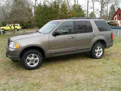 how cars engines work 2002 ford explorer sport interior lighting sell used 2002 ford explorer xlt sport utility 4 door 4 0l in salisbury maryland united states