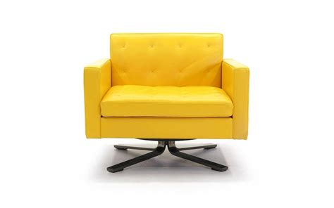 Poltrona Frau Kennedee Series Yellow Leather Memory Swivel Yellow Swivel Chair