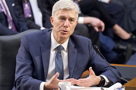 neil gorsuch vote neil gorsuch confirmation judiciary committee approves