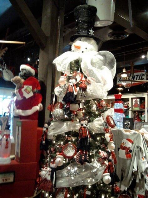cracker barrel snowman tree topper cracker barrel decorations via elizabeth willey decor