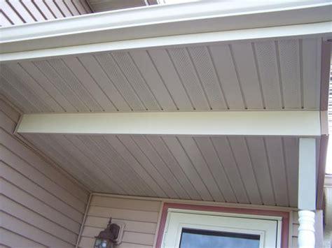 Correct to put some fiberglass insulation over this porch ... Insulator Cover