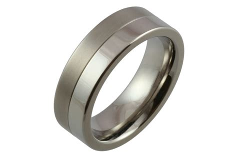 Wedding Bands: Wedding Bands Titanium