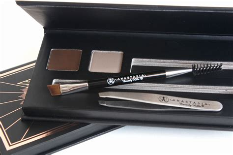 Dijamin Beverly Bold Brow Kit thenotice getting the brow ft bold beautiful kit and clarins mineral