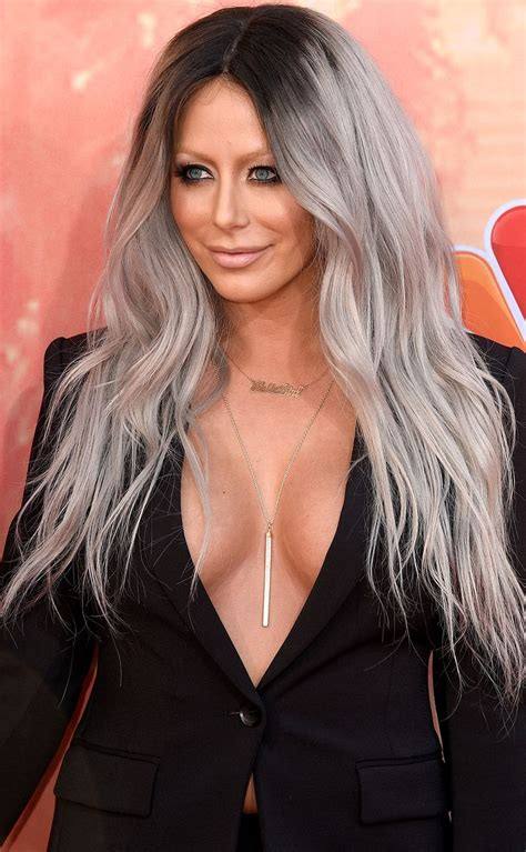 rihanna grey hair color rihanna jenner and more who dyed their hair gray
