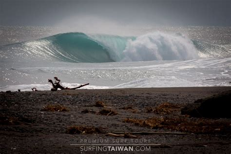 taitung surf photo by surfing taiwan surf photos