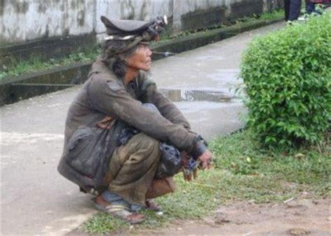 image gambar orang gila paling lucu dan unik gambat