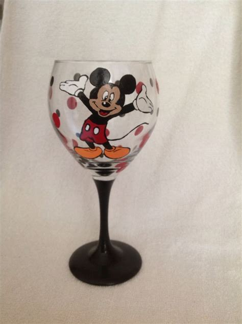 mouse for glass hand painted mickey mouse wine glass loved painting this