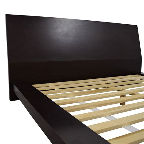 Wooden Crate Bed Frame 69 Crate Barrel Crate Barrel Wood Platform Bed Frame Beds
