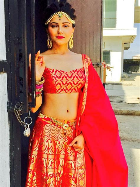 Rubina Dilaik Looked Stunning At Sia Jewels And Telly by Die Besten 25 Sriti Jha Ideen Auf Lehenga