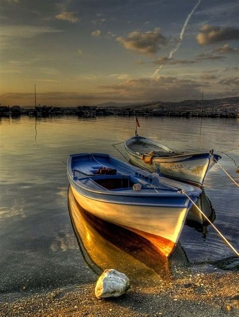 boat pictures pinterest 1000 images about boats on pinterest