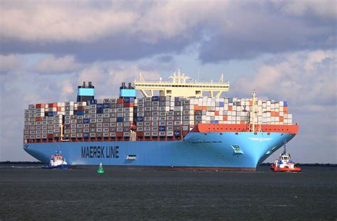 Mba Maersk International Shipping Education by Maersk Line And Msc Unveil 2m Vessel Port