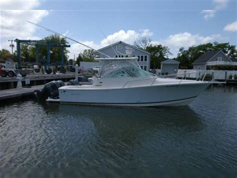 regulator boats express regulator 30 express for sale daily boats buy review