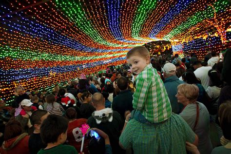 best christmas lights in austin best 2017 holiday events in austin