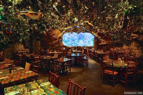 Dining Room Table Width by Rainforest Cafe Disney S Animal Kingdom