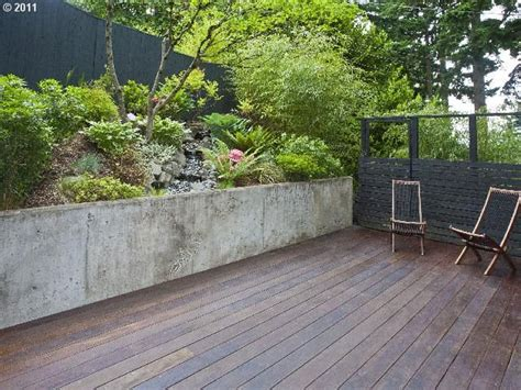 Sted Concrete Backyard Ideas by 26 Best Images About Concrete Garden Walls On