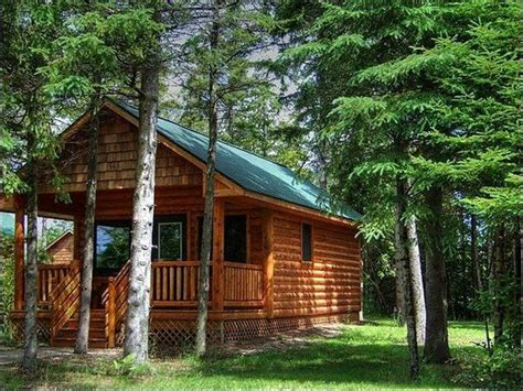Cabins Near Mackinaw City by We Cing Cabins With And Without Bathrooms