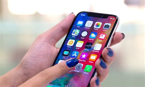 apple criticized for iphones big for s