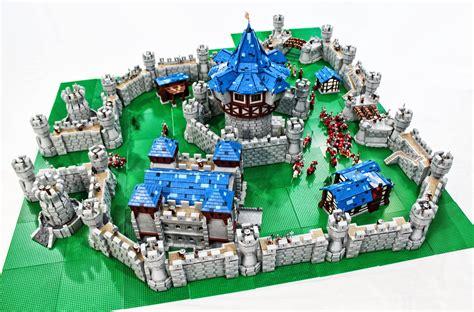 www lego 55 000 lego bricks fortify this world of warcraft castle
