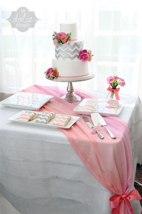 17 Best ideas about Chevron Table Runners on Pinterest