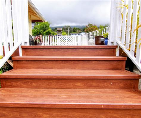 aluminum decking systems    wood knotwood