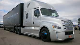 truck driving the freightliner inspiration autonomous truck