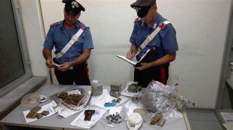 sede inps pomezia nascondono 4 5 kg di droga dietro un cespuglio arrestati